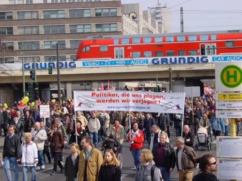 Demo gegen Agenda 2010 - 3. April 2004 in Berlin
