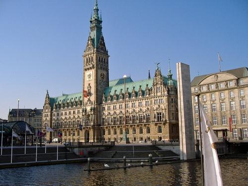 Hamburger-Rathaus